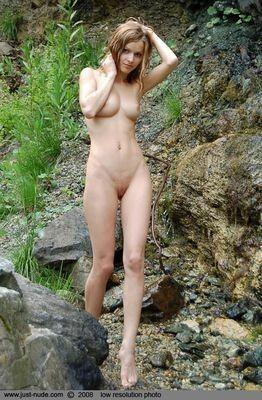 Maggie escort girl Domont