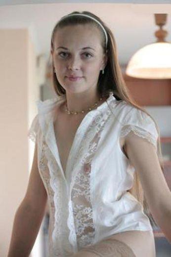 Lily escort girl Besançon