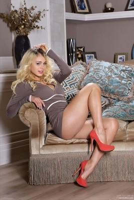 escort girl Chelles